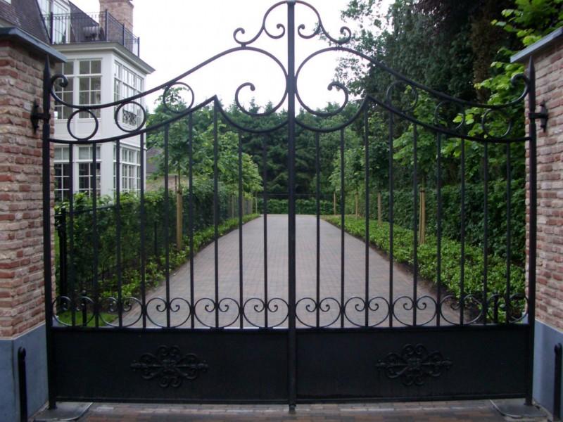 Smeedijzeren poort (H46)