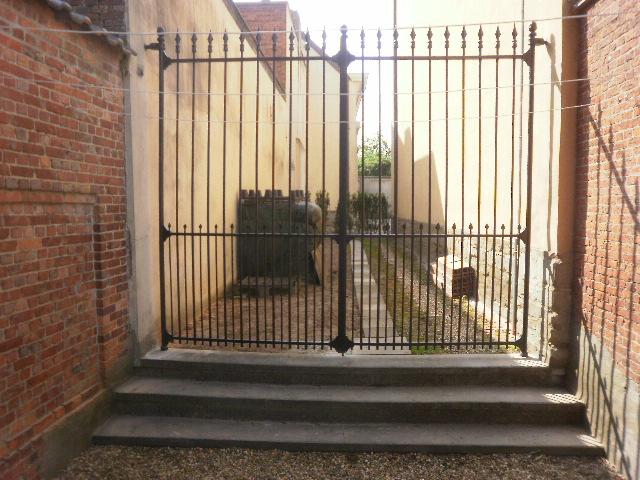 Smeedijzeren poort (H58)
