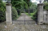 Smeedijzeren poort (H61)