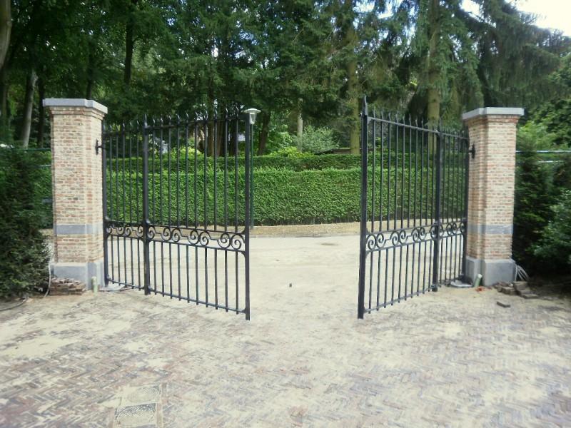 Smeedijzeren poort (H62)