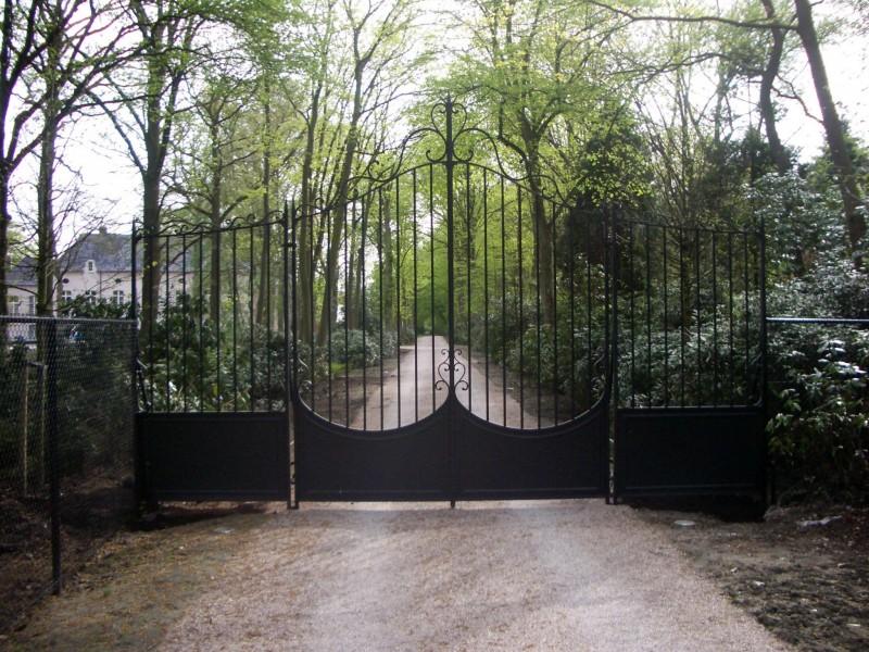 Smeedijzeren poort (H65)