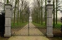 Smeedijzeren poort (H8)