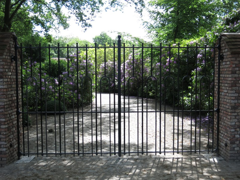 Smeedijzeren poort (H78)