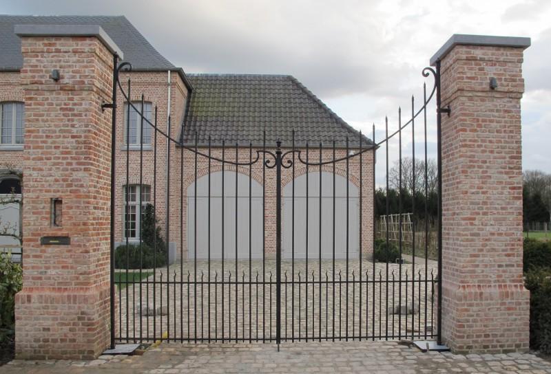 Smeedijzeren poort (H94)