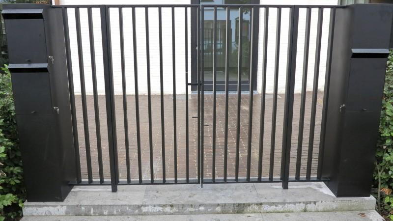 Smeedijzeren poort (H10)