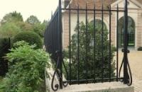 Smeedijzeren poort (H13)